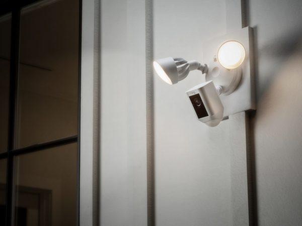 ring, beveiligings camera, wifi camera met bewegings melder